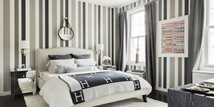 vertical stripes wall