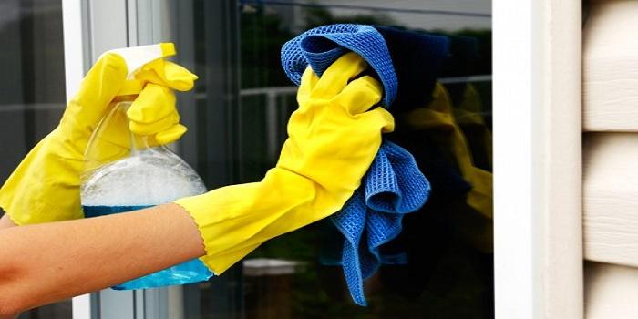 clean plexiglass acetone