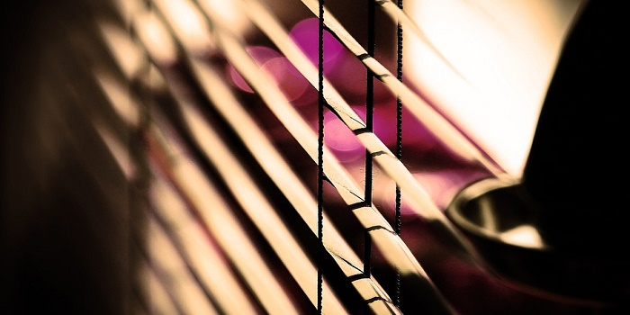 how to paint wooden venetian blinds